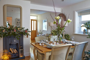 Bildno.: 11447106<br/><b>Feature: 11447100 - Hampshire Christmas</b><br/>British family decorate their cottage with a touch of English charm<br />living4media / Imri, Tim