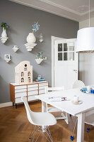 Bildno.: 11447610<br/><b>Feature: 11447596 - At Home with Haijkje</b><br/>Designer&#39;s home in The Netherlands<br />living4media / Marder, Holly