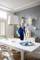 Bildno.: 11447630<br/><b>Feature: 11447596 - At Home with Haijkje</b><br/>Designer&#39;s home in The Netherlands<br />living4media / Marder, Holly