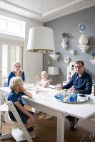 Bildno.: 11447638<br/><b>Feature: 11447596 - At Home with Haijkje</b><br/>Designer&#39;s home in The Netherlands<br />living4media / Marder, Holly