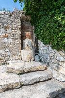 Bildno.: 11451972<br/><b>Feature: 11451948 - Lakeside Living</b><br/>Spectacular home on the western shore of Lake Garda, Italy<br />living4media / studiow&#228;lder