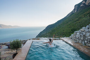 Bildno.: 11452194<br/><b>Feature: 11451948 - Lakeside Living</b><br/>Spectacular home on the western shore of Lake Garda, Italy<br />living4media / studiow&#228;lder