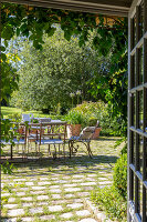 Bildno.: 11452106<br/><b>Feature: 11452078 - La Petite Chaumiere</b><br/>Luxurious farmhouse in Ablon, France<br />living4media / Hallot, Olivier