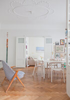 Bildno.: 11500312<br/><b>Feature: 11500301 - Pearls and Cream</b><br/>Soothing colours enhance this Berlin apartment<br />living4media / Scoffoni, Anne-Catherine