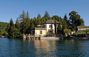 Bildno.: 11503156<br/><b>Feature: 11503153 - For the Love of the Lake</b><br/>A restored boat house on Lago d&#39;Orta in northern Italy<br />living4media / Maulini, Pier