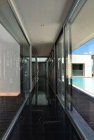 Bildnr.: 11507160<br/><b>Feature: 11507124 - Nah am Wasser</b><br/>Luxus-Anwesen: Hier kann man fast vom Pool in den See springen, Lago Maggiore<br />living4media / Maulini, Pier
