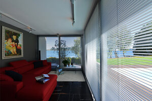 Bildnr.: 11507172<br/><b>Feature: 11507124 - Nah am Wasser</b><br/>Luxus-Anwesen: Hier kann man fast vom Pool in den See springen, Lago Maggiore<br />living4media / Maulini, Pier