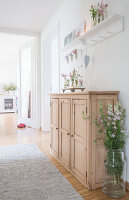 Bildnr.: 11512296<br/><b>Feature: 11512267 - Strandgutsammler</b><br/>Das Zuhause von Tina Firk in Hamburg ist inspiriert von Skandinavischen Str&#228;nden<br />living4media / Wentorf, Eckard