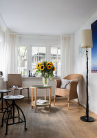 Bildno.: 11512310<br/><b>Feature: 11512309 - Of Light and Shade</b><br/>Hamburg home of lighting designer Livia Reimers<br />living4media / Wentorf, Eckard