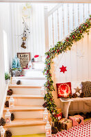 Bildno.: 11515638<br/><b>Feature: 11515614 - Decking the Halls</b><br/>How to create an inviting entry area for the holiday season<br />living4media / Bildh&#252;bsch