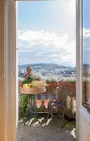 Bildnr.: 11948052<br/><b>Feature: 11948045 - Pittoreskes Juwel</b><br/>Einzigartige Wohnung in einer verwunschenen Jugendstil-Villa von 1895, Schweiz<br />living4media / Wentorf, Eckard