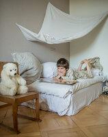 Bildnr.: 11948078<br/><b>Feature: 11948045 - Pittoreskes Juwel</b><br/>Einzigartige Wohnung in einer verwunschenen Jugendstil-Villa von 1895, Schweiz<br />living4media / Wentorf, Eckard