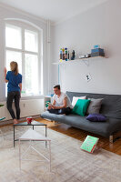 Bildno.: 11948772<br/><b>Feature: 11948740 - Small Budget - Big Effects</b><br/>Young and trendy apartment in Berlin<br />living4media / Scoffoni, Anne-Catherine