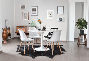 Bildno.: 11952814<br/><b>Feature: 11952790 - Monochromatic Design</b><br/>Modern apartment in black, white and grey in Italy<br />living4media / Dimmich, Agata