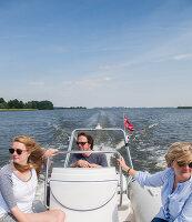 Bildnr.: 11953484<br/><b>Feature: 11953436 - Volle Fahrt voraus!</b><br/>Familie aus Hamburg bringt die hohe See in die eigenen vier W&#228;nde<br />living4media / Wentorf, Eckard