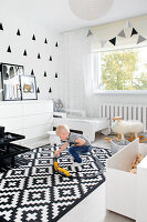 Bildno.: 11953522<br/><b>Feature: 11953492 - Know Your Style</b><br/>White, black and grey are the only colours in this home in Estonia<br />living4media / K&#252;barsepp, Juta