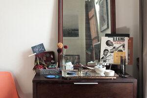 Bildno.: 11953798<br/><b>Feature: 11953797 - Cosy Urban Retreat</b><br/>Young collectors&#39; home in Brooklyn<br />living4media / Cawley, Julia