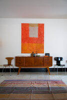 Bildno.: 11956128<br/><b>Feature: 11956120 - Cool Lines</b><br/>A creative team prefer mid-century modern in their home in Italy<br />living4media / Tamborra, Enza