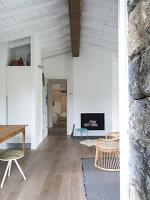 Bildnr.: 11956250<br/><b>Feature: 11956240 - R&#252;ckzug vom Alltag</b><br/>Ferienhaus in Italien &#252;berzeugt mit Einfachheit und Charme<br />living4media / Tamborra, Enza
