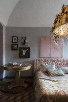 N° de l'image 11956774<br/><b>Reportage: 11956759 - Handmade Fantasies</b><br/>The home of an Italian lamp and fashion designer in Italy<br />living4media / Tamborra, Enza