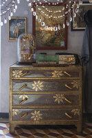 N° de l'image 11956776<br/><b>Reportage: 11956759 - Handmade Fantasies</b><br/>The home of an Italian lamp and fashion designer in Italy<br />living4media / Tamborra, Enza