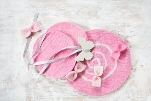 Bildno.: 11962974<br/><b>Feature: 11962938 - Fun with Felt</b><br/>DIY project using felt to make decorative objects<br />living4media / Koll, Alicja