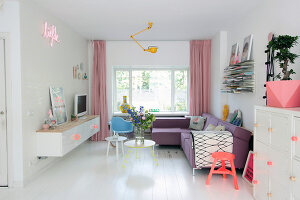 Bildno.: 11970324<br/><b>Feature: 11970312 - Creative Collage</b><br/>This family home in The Netherlands is full of eye candy<br />living4media / Chiaratti, Ilaria