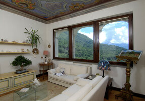 Bildno.: 11973232<br/><b>Feature: 11973220 - Noble Residence</b><br/>A &quot;Palazetto&quot; full of historic details in Piedmont, Italy<br />living4media / Maulini, Pier