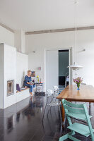 Bildno.: 11977506<br/><b>Feature: 11977480 - Slated for Success</b><br/>Renovation and transformation of a workshop into a home in Kaub, Germany<br />living4media / Scoffoni, Anne-Catherine