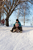 Bildno.: 11990594<br/><b>Feature: 11990571 - Christmas up North</b><br/>Nostalgic house in Kvarnsvedjan, a small village outside Ume&#229;, North Sweden<br />living4media / Isaksson, Camilla