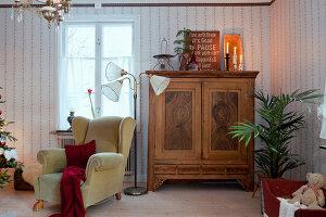 Bildno.: 11990616<br/><b>Feature: 11990571 - Christmas up North</b><br/>Nostalgic house in Kvarnsvedjan, a small village outside Ume&#229;, North Sweden<br />living4media / Isaksson, Camilla