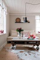 Bildno.: 11990700<br/><b>Feature: 11990664 - Christmas on the Family Farm</b><br/>Celebrating Christmas in Dalum, Sweden<br />living4media / Isaksson, Camilla