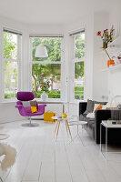 Bildnr.: 11990730<br/><b>Feature: 11990718 - Pure Lebensfreude</b><br/>Bea und ihre Familie lieben es bunt. Viel Wei&#223; ist die perfekte Leinwand. Leuwarden, NL<br />living4media / Isaksson, Camilla
