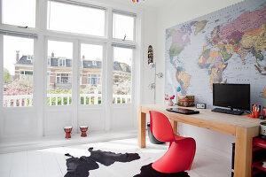 Bildnr.: 11990764<br/><b>Feature: 11990718 - Pure Lebensfreude</b><br/>Bea und ihre Familie lieben es bunt. Viel Wei&#223; ist die perfekte Leinwand. Leuwarden, NL<br />living4media / Isaksson, Camilla