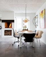 Bildno.: 12082846<br/><b>Feature: 12082842 - Re-inventing Style</b><br/>Newly built house overlooking Aarhus Bay, Denmark<br />living4media / Lene-K