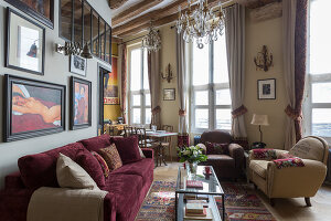 N° de l'image 12084346<br/><b>Reportage: 12084343 - French Cocooning</b><br/>Tiny apartment in Paris proves that style comes in all sizes<br />living4media / Hallot, Olivier