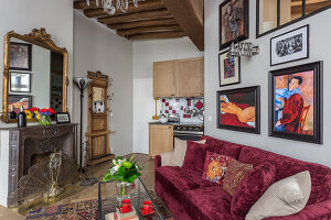 N° de l'image 12084360<br/><b>Reportage: 12084343 - French Cocooning</b><br/>Tiny apartment in Paris proves that style comes in all sizes<br />living4media / Hallot, Olivier