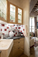 N° de l'image 12084362<br/><b>Reportage: 12084343 - French Cocooning</b><br/>Tiny apartment in Paris proves that style comes in all sizes<br />living4media / Hallot, Olivier
