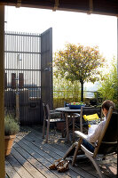 Bildno.: 12100968<br/><b>Feature: 12100951 - High Gardening</b><br/>Rooftop garden in Antwerp, Belgium<br />living4media / Obijn, Guy