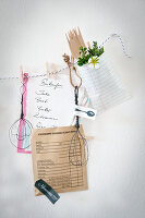 Bildno.: 12102274<br/><b>Feature: 12102261 - Wired Up</b><br/>D-I-Y projects using wire to make decorative objects<br />living4media / Weber, Cornelia