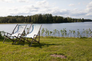 Bildno.: 12235778<br/><b>Feature: 12235722 - Idyll By The Lake</b><br/>Perfect vacations in a cosy summer home and a big old mill in Sweden<br />living4media / Isaksson, Camilla