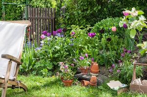 Bildno.: 12237158<br/><b>Feature: 12237139 - Bavarian Spring</b><br/>Allotment garden in Munich<br />living4media / Piru-Pictures
