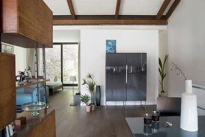Bildno.: 12237622<br/><b>Feature: 12237615 - Free to Room</b><br/>Lofty home of an artist in Milan<br />living4media / Tamborra, Enza