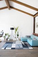 Bildno.: 12237626<br/><b>Feature: 12237615 - Free to Room</b><br/>Lofty home of an artist in Milan<br />living4media / Tamborra, Enza