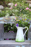 Bildno.: 12242560<br/><b>Feature: 12242556 - Decorative Herbs</b><br/>How to use herbs as a decorative accessory<br />living4media / Raider, Peter