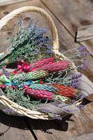 Bildno.: 12242562<br/><b>Feature: 12242556 - Decorative Herbs</b><br/>How to use herbs as a decorative accessory<br />living4media / Raider, Peter
