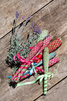 Bildno.: 12242564<br/><b>Feature: 12242556 - Decorative Herbs</b><br/>How to use herbs as a decorative accessory<br />living4media / Raider, Peter