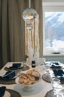 Bildno.: 12293312<br/><b>Feature: 12293287 - Alpine Retreat</b><br/>A winter retreat in Saint Moritz, Switzerland<br />living4media / Giovanelli, Francesca