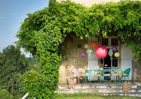 Bildno.: 12308070<br/><b>Feature: 12308064 - Let&#39;s Do It...</b><br/>Great ideas for garden party d&#233;cor<br />living4media / N.Zweig/A.Loock