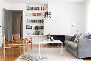 Bildno.: 12309058<br/><b>Feature: 12308982 - Stylish Space</b><br/>Renovated 1960s house near Stockholm, Sweden<br />living4media / M&#246;ller, Cecilia